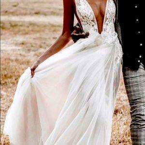 Wedding gown brand new custom made